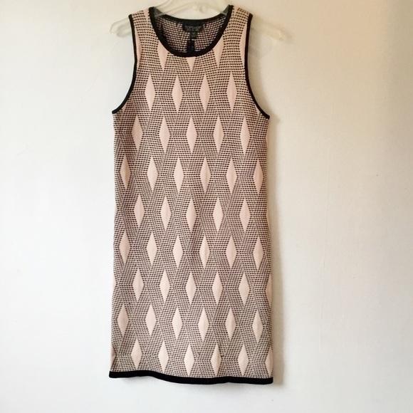 Topshop Dresses & Skirts - Topshop Pink Geometric Bodycon Dress Size 6